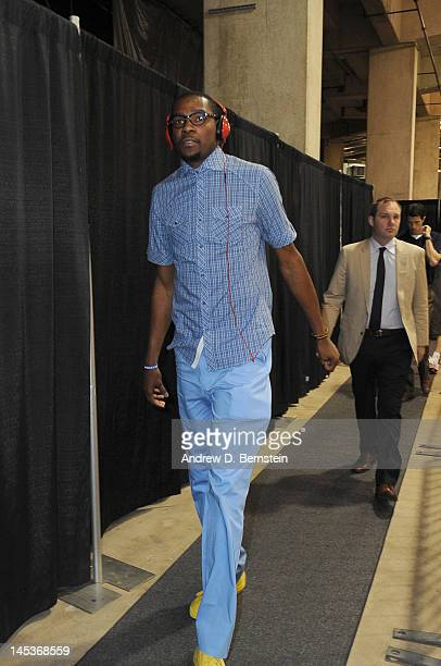 Kevin Durant of the Oklahoma City Thunder arrives for Game One of the Western Conference Finals between the San Antonio Spurs and the Oklahoma City...