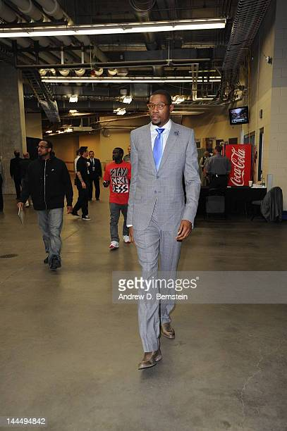 Kevin Durant of the Oklahoma City Thunder arrives for the Game One of the Western Conference Semifinals between the Los Angeles Lakers and the...