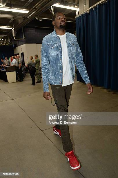 Kevin Durant of the Oklahoma City Thunder arrives prior to Game Six of the Western Conference Finals between the Golden State Warriors and Oklahoma...