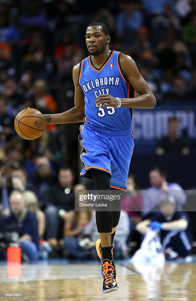 Kevin Durant #35 of the Oklahoma City Thunder dribbles down the court during their game against the Charlotte Bobcats at Time Warner Cable Arena on March 8, 2013 in Charlotte, North Carolina.