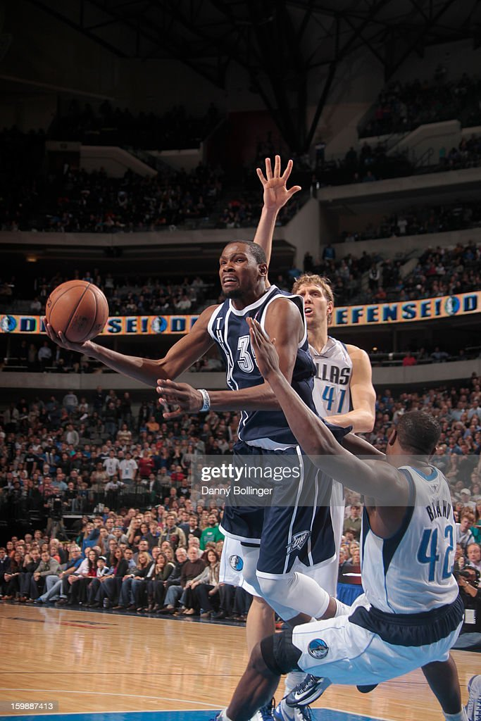 Kevin Durant #35 of the Oklahoma City Thunder drives to the basket against the Dallas Mavericks on January 18, 2013 at the American Airlines Center in Dallas, Texas.