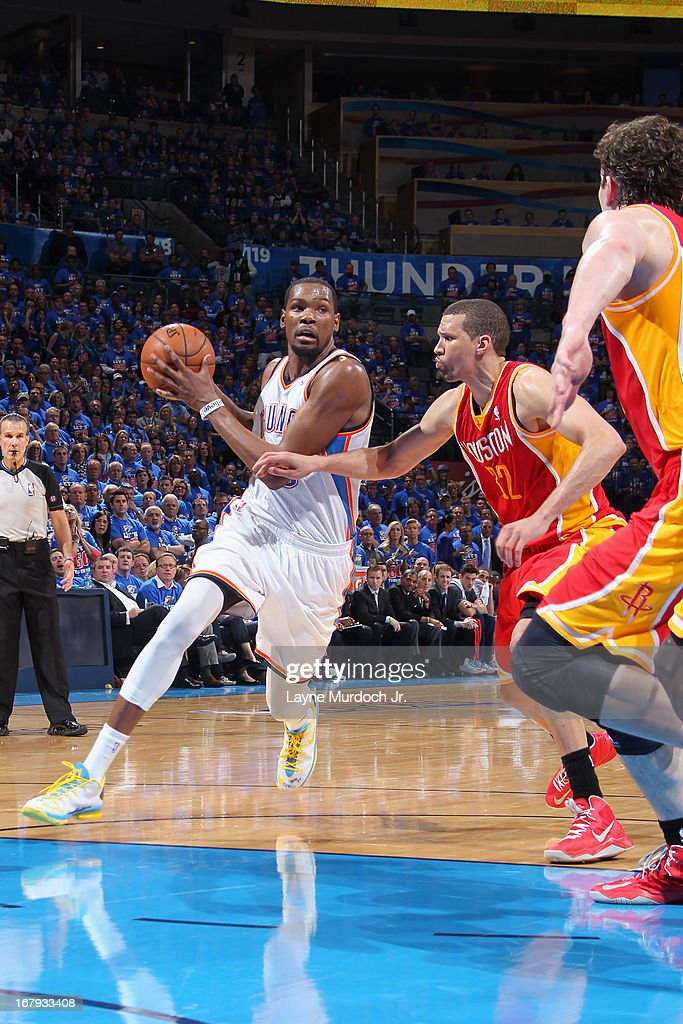 Kevin Durant #35 of the Oklahoma City Thunder drives to the basket against the Houston Rockets in Game Five of the Western Conference Quarterfinals during the 2013 NBA Playoffs on May 1, 2013 at the Chesapeake Energy Arena in Oklahoma City, Oklahoma.