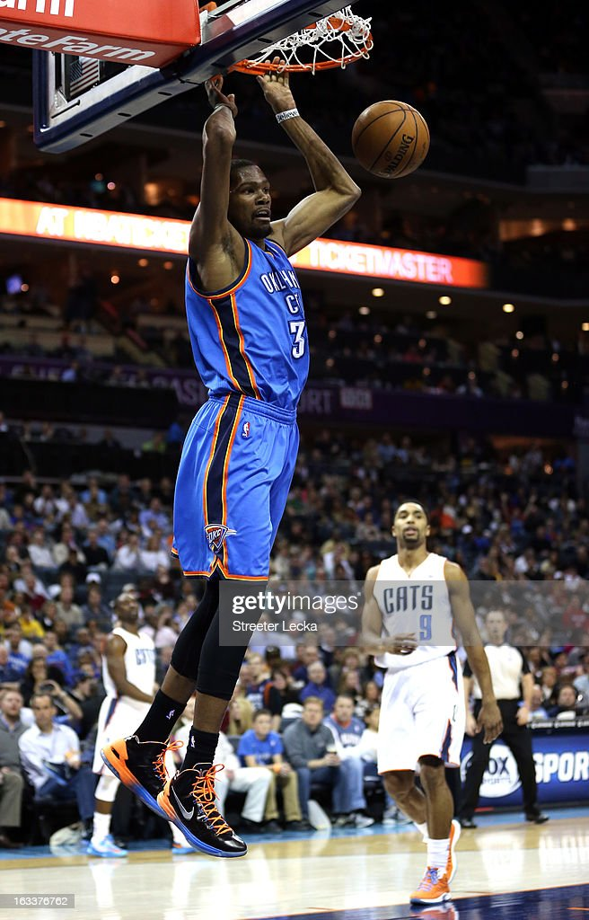 Kevin Durant #35 of the Oklahoma City Thunder dunks the ball during their game against the Charlotte Bobcats at Time Warner Cable Arena on March 8, 2013 in Charlotte, North Carolina.