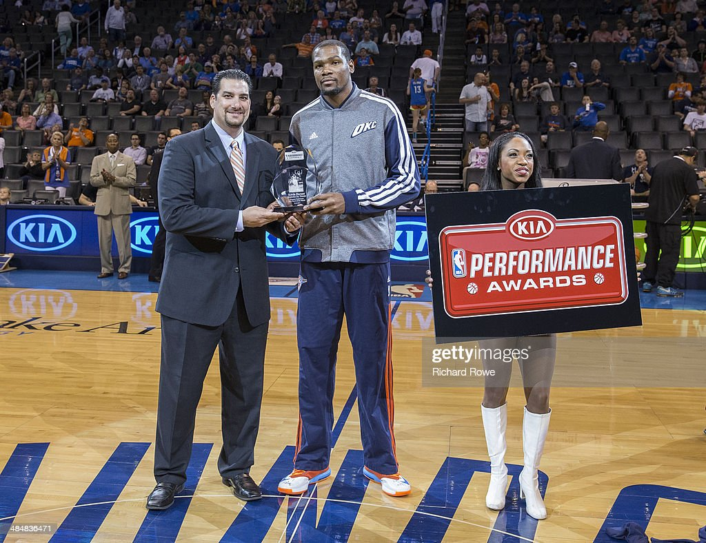 Kevin Durant #35 of the Oklahoma City Thunder gets the KIA performance award before the game against the New Orleans Pelicans at the Chesapeake Arena on April 11, 2014 in Oklahoma City, Oklahoma.