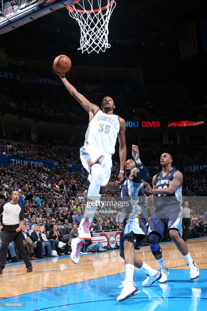 Kevin Durant #35 of the Oklahoma City Thunder goes up for the slam dunk against the Memphis Grizzlies during an NBA game on January 31, 2013 at the Chesapeake Energy Arena in Oklahoma City, Oklahoma.