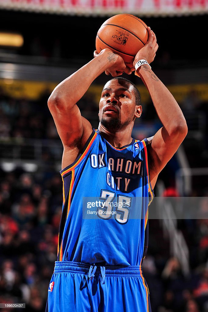 Kevin Durant #35 of the Oklahoma City Thunder shoots a free-throw against the Phoenix Suns on January 14, 2013 at U.S. Airways Center in Phoenix, Arizona.