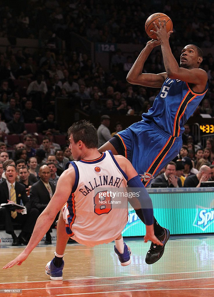 Kevin Durant #35 of the Oklahoma City Thunder shoots over Danilo Galinari #8 of the New York Knicks at Madison Square Garden on February 20, 2010 in New York, New York.
