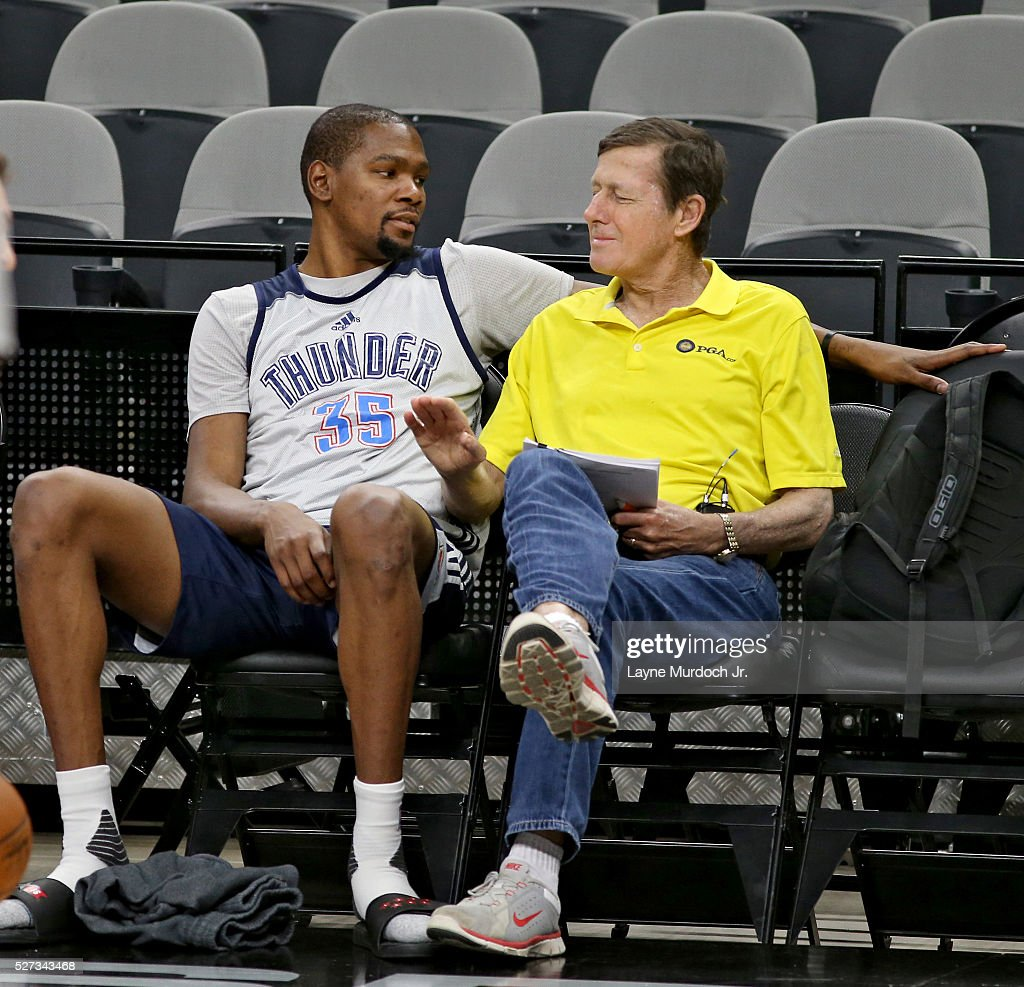 Kevin Durant #35 of the Oklahoma City Thunder speaks with TNT sideline reporter Craig Sager during practice before Game Two of the NBA Western Conference Semi-finals against the San Antonio Spurs on May 2, 2016 at the AT&T Center in San Antonio, Texas.