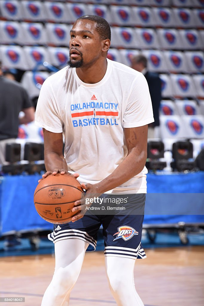 <a gi-track='captionPersonalityLinkClicked' href=/galleries/search?phrase=Kevin+Durant&family=editorial&specificpeople=3847329 ng-click='$event.stopPropagation()'>Kevin Durant</a> #35 of the Oklahoma City Thunder warms up before facing the Golden State Warriors for Game Four of the Western Conference Finals during the 2016 NBA Playoffs on May 24, 2016 at Chesapeake Energy Arena in Oklahoma City, Oklahoma.