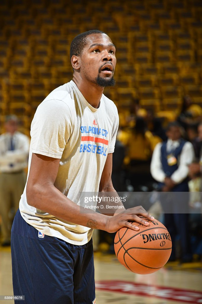 <a gi-track='captionPersonalityLinkClicked' href=/galleries/search?phrase=Kevin+Durant&family=editorial&specificpeople=3847329 ng-click='$event.stopPropagation()'>Kevin Durant</a> #35 of the Oklahoma City Thunder warms up before Game Seven of the Western Conference Finals between the Oklahoma City Thunder and Golden State Warriors during the 2016 NBA Playoffs on May 30, 2016 at Oracle Arena in Oakland, California.