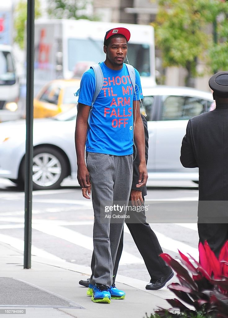 <a gi-track='captionPersonalityLinkClicked' href=/galleries/search?phrase=Kevin+Durant&family=editorial&specificpeople=3847329 ng-click='$event.stopPropagation()'>Kevin Durant</a> sighting at Streets of Manhattan on September 26, 2012 in New York City.