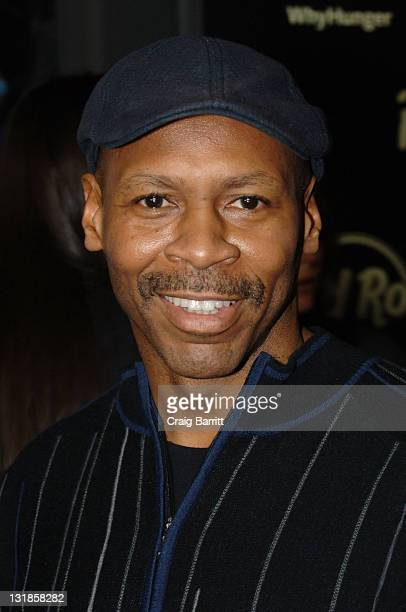 Kevin Eubanks attends 'Imagine There's No Hunger Celebrating the Songs of John Lennon' Benefit at Hard Rock Cafe Hollywood on November 2 2010 in...