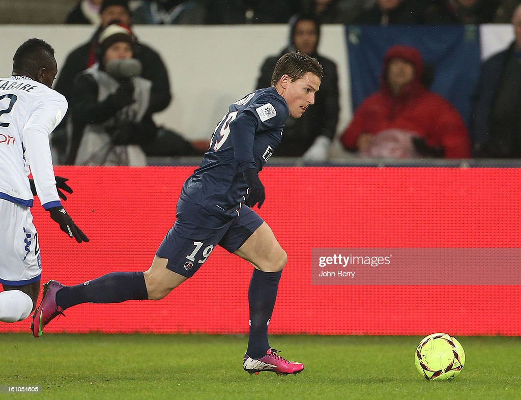 Kevin Gameiro of PSG in action during the French Ligue 1 match between Paris Saint Germain FC and Sporting Club de Bastia at the Parc des Princes stadium on February 8, 2013 in Paris, France.