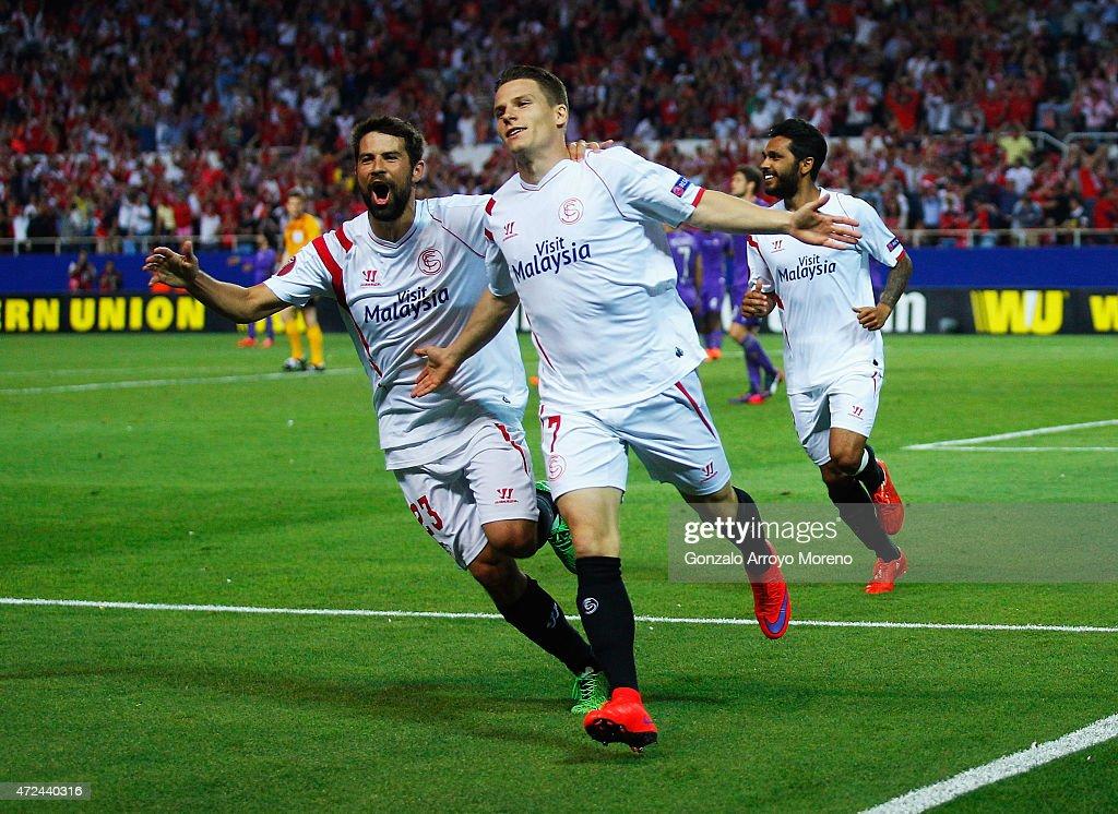 Kevin Gameiro of Sevilla celebrates scoring his team's third goal with team mate Coke of Sevilla during the UEFA Europa League Semi Final first leg...