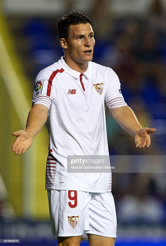 <a gi-track='captionPersonalityLinkClicked' href=/galleries/search?phrase=Kevin+Gameiro&family=editorial&specificpeople=815278 ng-click='$event.stopPropagation()'>Kevin Gameiro</a> of Sevilla reacts during the La Liga match between Levante UD and Sevilla FC at Ciutat de Valencia Stadium on September 11, 2015 in Valencia, Spain.