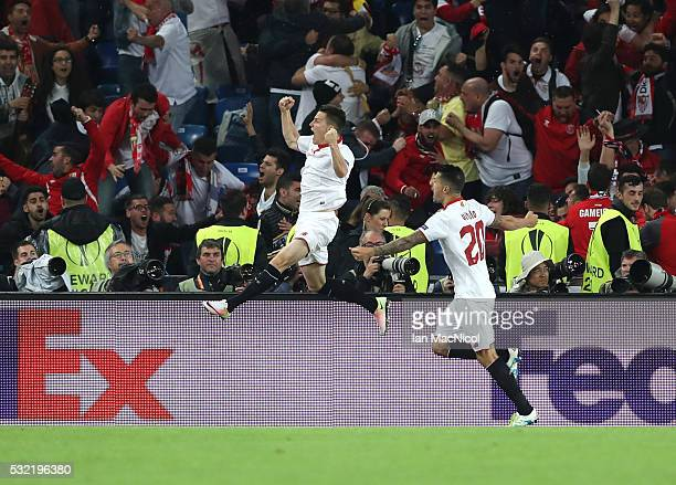 Kevin Gameiro of Sevillal celebrates scoring during the UEFA Europa League Final match between Liverpool and Sevilla at St JakobPark on May 18 2016...