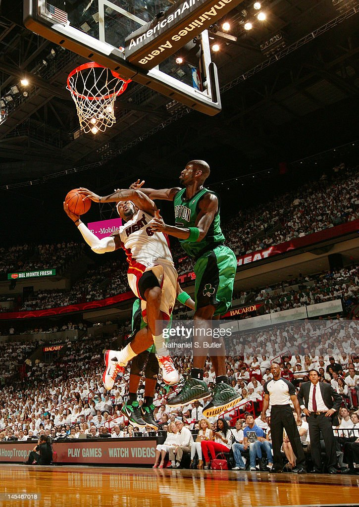 <a gi-track='captionPersonalityLinkClicked' href=/galleries/search?phrase=Kevin+Garnett&family=editorial&specificpeople=201473 ng-click='$event.stopPropagation()'>Kevin Garnett</a> #5 of the Boston Celtics blocks the shot of <a gi-track='captionPersonalityLinkClicked' href=/galleries/search?phrase=LeBron+James&family=editorial&specificpeople=201474 ng-click='$event.stopPropagation()'>LeBron James</a> #6 of the Miami Heat in Game Two of the Eastern Conference Finals during the 2012 NBA Playoffs on May 30, 2012 at American Airlines Arena in Miami, Florida.