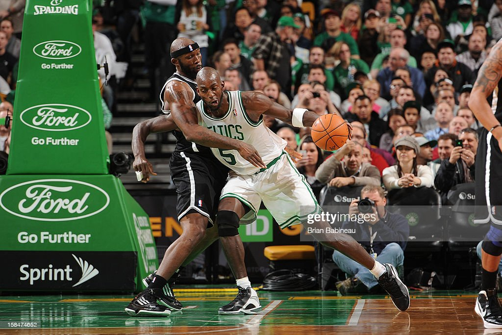<a gi-track='captionPersonalityLinkClicked' href=/galleries/search?phrase=Kevin+Garnett&family=editorial&specificpeople=201473 ng-click='$event.stopPropagation()'>Kevin Garnett</a> #5 of the Boston Celtics drives against <a gi-track='captionPersonalityLinkClicked' href=/galleries/search?phrase=Reggie+Evans&family=editorial&specificpeople=202254 ng-click='$event.stopPropagation()'>Reggie Evans</a> #30 of the Brooklyn Nets on November 28, 2012 at the TD Garden in Boston, Massachusetts.