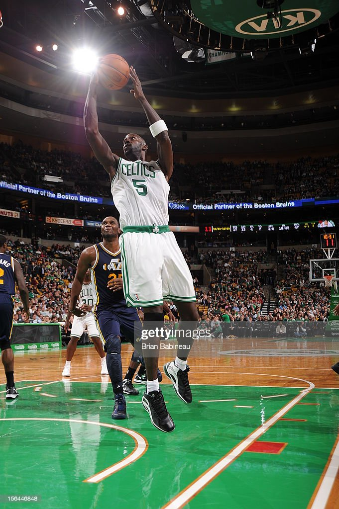 <a gi-track='captionPersonalityLinkClicked' href=/galleries/search?phrase=Kevin+Garnett&family=editorial&specificpeople=201473 ng-click='$event.stopPropagation()'>Kevin Garnett</a> #5 of the Boston Celtics drives to the basket against the Utah Jazz on November 14, 2012 at the TD Garden in Boston, Massachusetts.