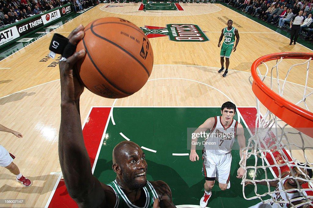 Kevin Garnett #5 of the Boston Celtics dunks against the Milwaukee Bucks during the NBA game on November 10, 2012 at the BMO Harris Bradley Center in Milwaukee, Wisconsin.