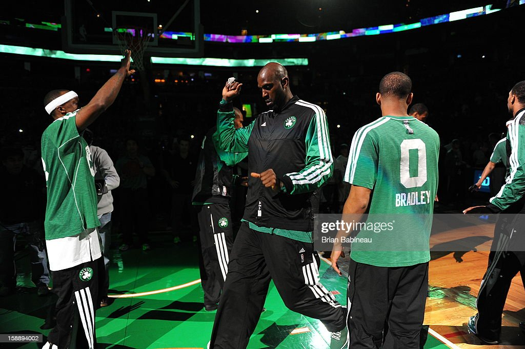 Kevin Garnett #5 of the Boston Celtics gets ready prior to the game against the Memphis Grizzlies on January 2, 2013 at the TD Garden in Boston, Massachusetts.