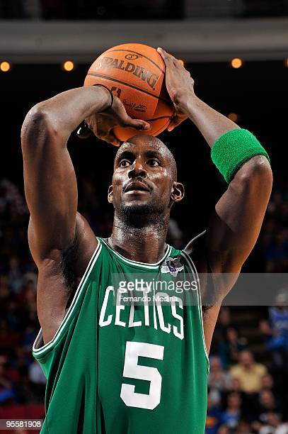 Kevin Garnett of the Boston Celtics shoots a free throw during the game against the Orlando Magic on December 25 2009 at Amway Arena in Orlando...