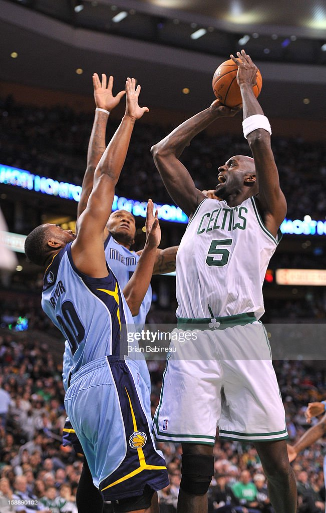 Kevin Garnett #5 of the Boston Celtics shoots over Darrell Arthur #00 of the Memphis Grizzlies on January 2, 2013 at the TD Garden in Boston, Massachusetts.