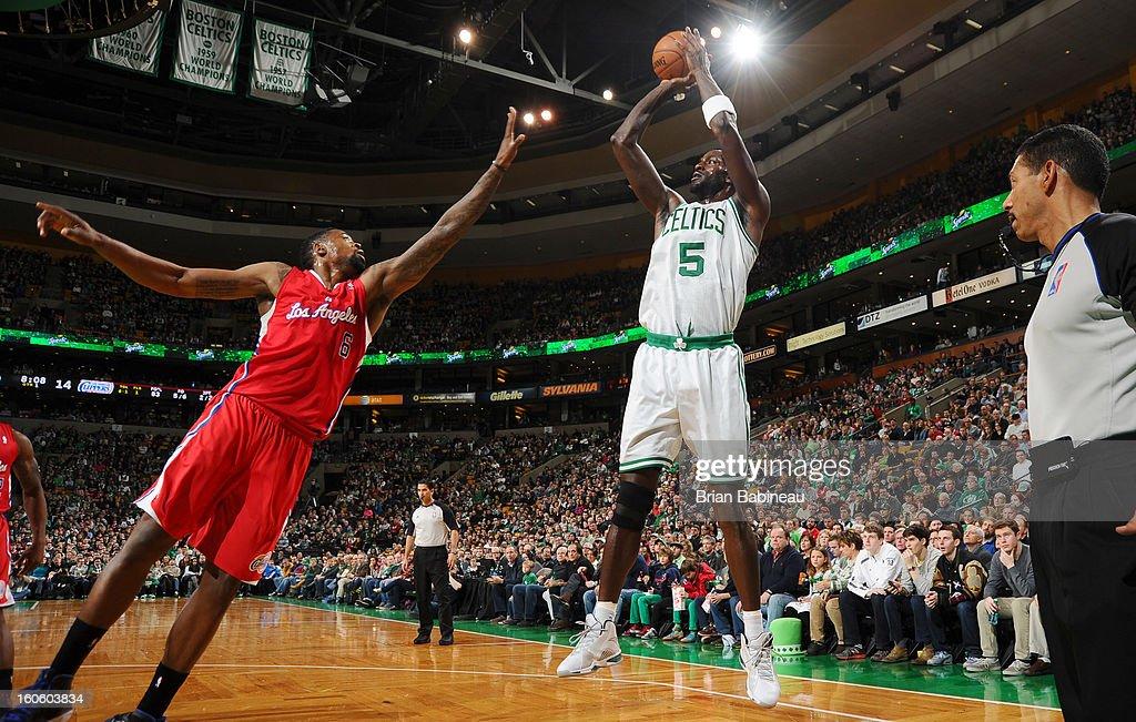 Kevin Garnett #6 of the Boston Celtics shoots the ball against DeAndre Jordan #6 of the Los Angeles Clippers on February 3, 2013 at the TD Garden in Boston, Massachusetts.
