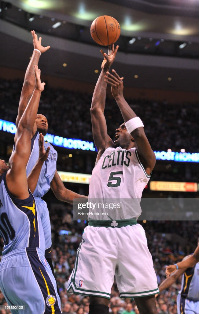 Kevin Garnett #5 of the Boston Celtics shoots the ball against the Memphis Grizzlies on January 2, 2013 at the TD Garden in Boston, Massachusetts.