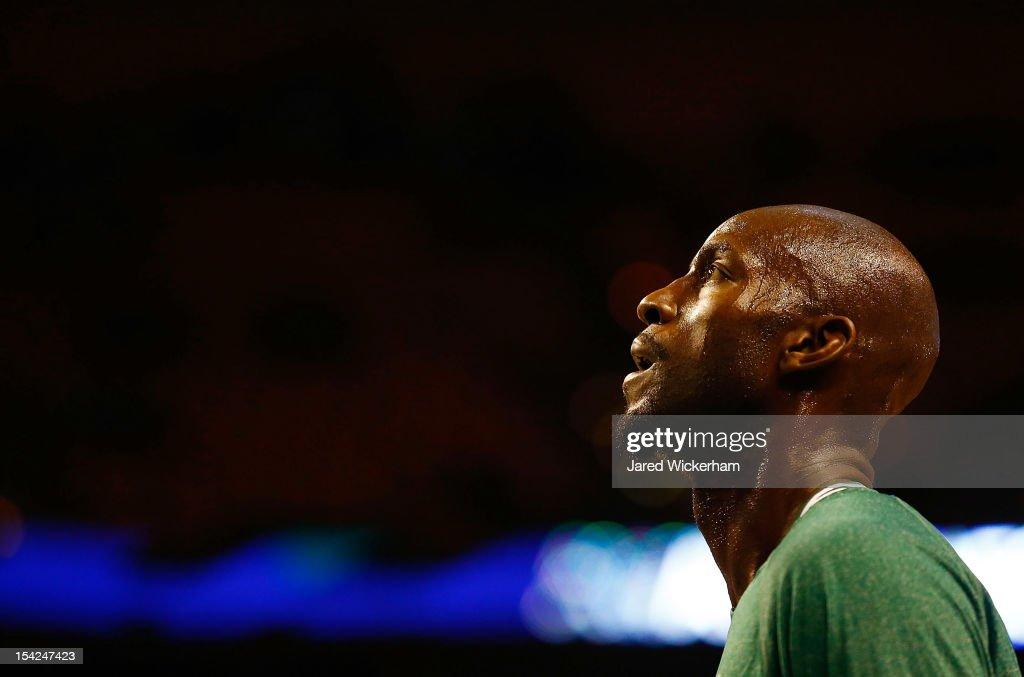 Kevin Garnett #5 of the Boston Celtics warms up prior to the preseason game against the Brookyln Nets on October 16, 2012 at TD Garden in Boston, Massachusetts.