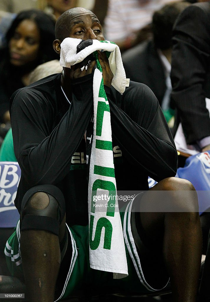 Kevin Garnett #5 of the Boston Celtics wipes his face with a towel on the bench against the Orlando Magic in Game Five of the Eastern Conference Finals during the 2010 NBA Playoffs at Amway Arena on May 26, 2010 in Orlando, Florida.