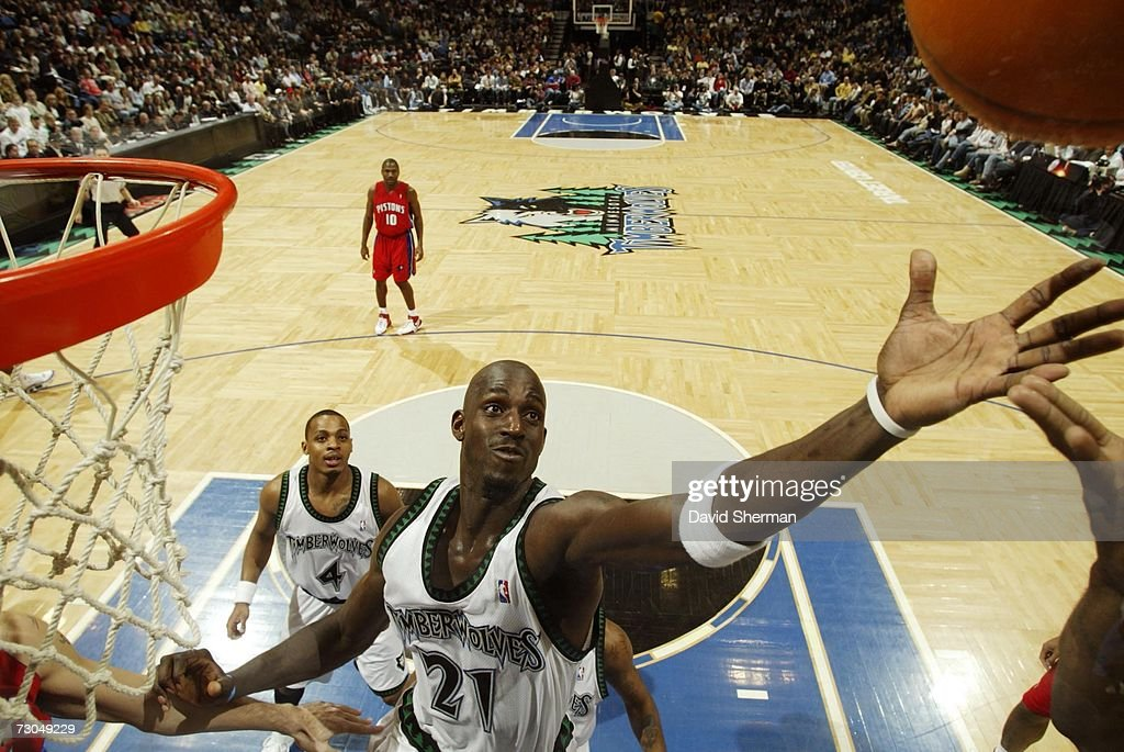 Kevin Garnett #21 of the Minnesota Timberwolves grabs for a rebound against the Detroit Pistons on January 19, 2007 at the Target Center in Minneapolis, Minnesota.