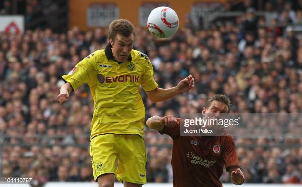 Kevin Grosskreutz of Dortmund scores his team's first goal during the Bundesliga match between FC St Pauli and Borussia Dortmund at Millerntor...
