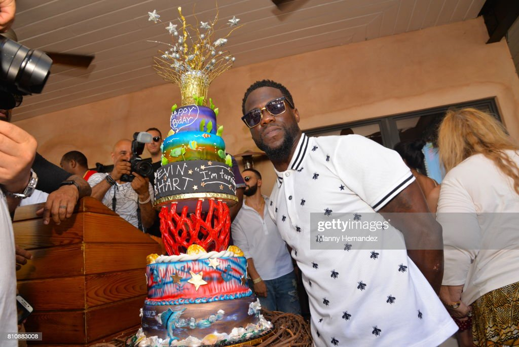 Kevin Hart attends the Irie Weekend Presents Kevin Hart's All Star Birthday Brunch on July 2, 2017 in Miami, Florida.