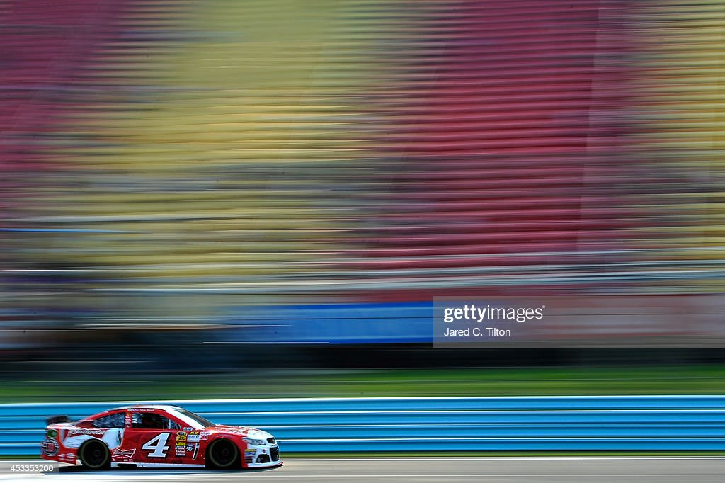 <a gi-track='captionPersonalityLinkClicked' href=/galleries/search?phrase=Kevin+Harvick&family=editorial&specificpeople=209186 ng-click='$event.stopPropagation()'>Kevin Harvick</a>, driver of the #4 Budweiser Chevrolet, practices for the NASCAR Sprint Cup Series Cheez-It 355 at Watkins Glen International on August 8, 2014 in Watkins Glen, New York.