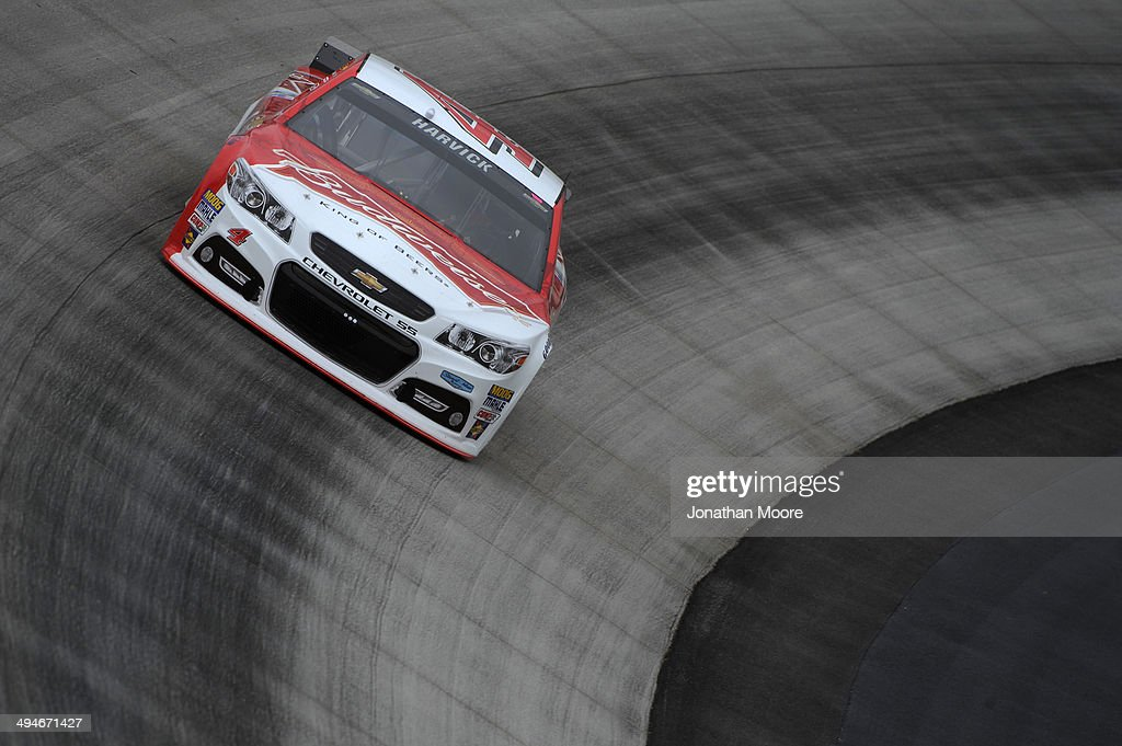 Kevin Harvick, driver of the #4 Budweiser Chevrolet, practices for the NASCAR Sprint Cup Series FedEx 400 Benefiting Autism Speaks at Dover International Speedway on May 30, 2014 in Dover, Delaware.