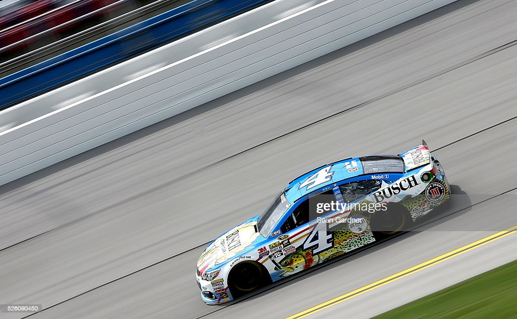 <a gi-track='captionPersonalityLinkClicked' href=/galleries/search?phrase=Kevin+Harvick&family=editorial&specificpeople=209186 ng-click='$event.stopPropagation()'>Kevin Harvick</a>, driver of the #4 Busch Fishing Chevrolet, practices for the NASCAR Sprint Cup Series GEICO 500 at Talladega Superspeedway on April 29, 2016 in Talladega, Alabama.