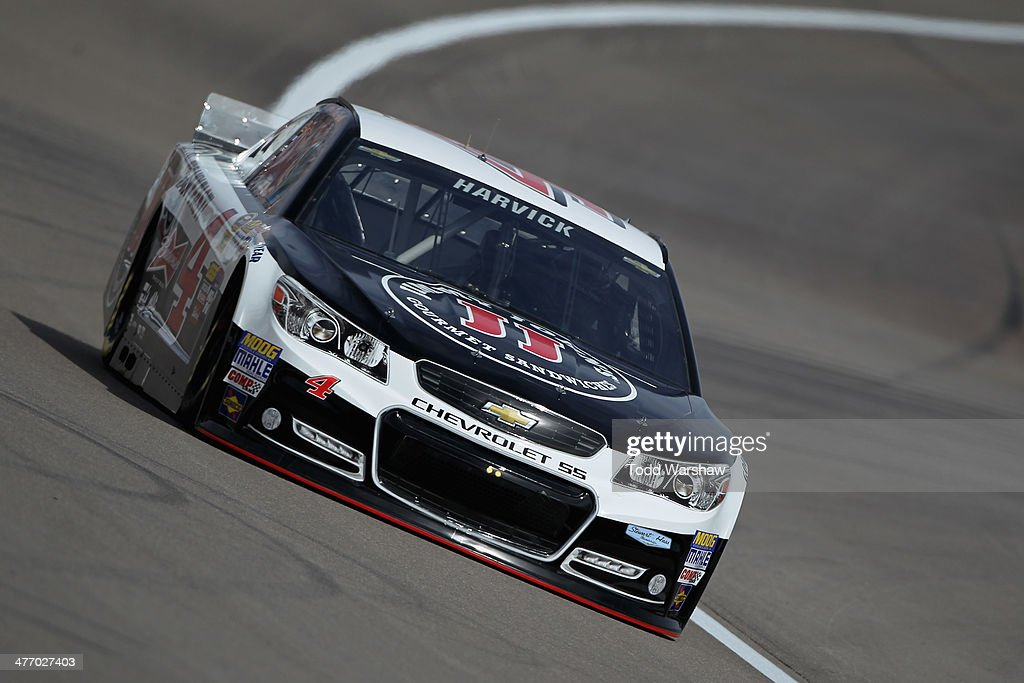 <a gi-track='captionPersonalityLinkClicked' href=/galleries/search?phrase=Kevin+Harvick&family=editorial&specificpeople=209186 ng-click='$event.stopPropagation()'>Kevin Harvick</a> drives the #4 Jimmie John's Chevrolet during a testing session at Las Vegas Motor Speedway on March 6, 2014 in Las Vegas, Nevada.