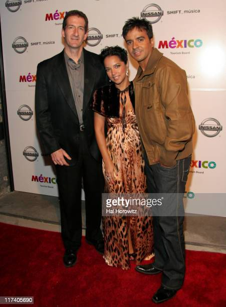 Kevin J Thompson Adamari Lopez and Luis Fonsi during Voces del mas Alla November 2 2006 at AER Lounge in New York City New York United States