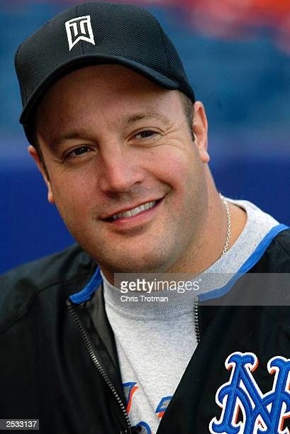 Kevin James of 'The King of Queens' attends batting practice with the New York Mets at Shea Stadium on September 24 2003 in Queens New York
