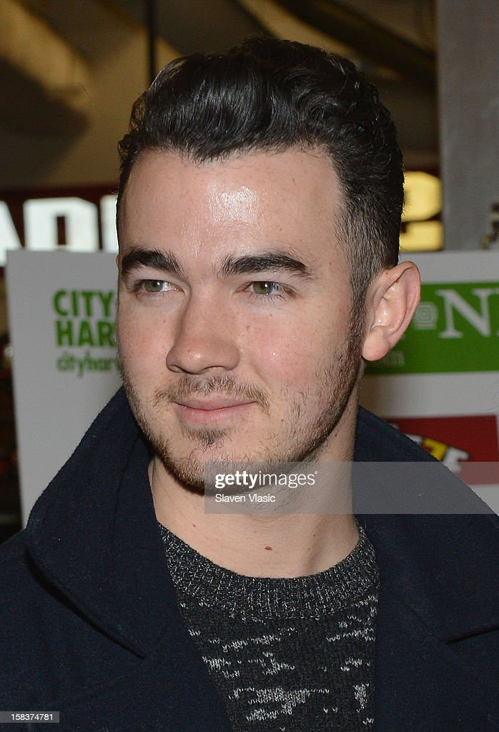 Kevin Jonas attends the Kevin Jonas, Danielle Jonas and City Harvest Holiday Season Food Drive at FDNY Station - Lexington & 3rd on December 14, 2012 in New York City.