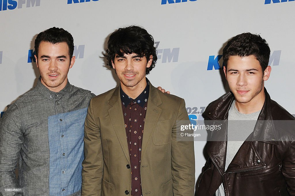 <a gi-track='captionPersonalityLinkClicked' href=/galleries/search?phrase=Kevin+Jonas&family=editorial&specificpeople=709547 ng-click='$event.stopPropagation()'>Kevin Jonas</a>, <a gi-track='captionPersonalityLinkClicked' href=/galleries/search?phrase=Joe+Jonas&family=editorial&specificpeople=842712 ng-click='$event.stopPropagation()'>Joe Jonas</a> and <a gi-track='captionPersonalityLinkClicked' href=/galleries/search?phrase=Nick+Jonas&family=editorial&specificpeople=842713 ng-click='$event.stopPropagation()'>Nick Jonas</a> arrives at the 2012 KIIS FM Jingle Ball at Nokia Theatre LA Live on December 1, 2012 in Los Angeles, California.
