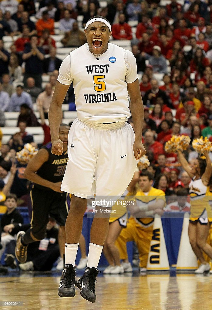 Kevin Jones #5 of the West Virginia Mountaineers reacts in the second half against the Washington Huskies during the east regional semifinal of the 2010 NCAA men's basketball tournament at the Carrier Dome on March 25, 2010 in Syracuse, New York.