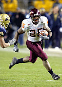 Kevin Jones runs left for a 7 yard gain in Pittsburgh PA at Heinz Field November 11 2003
