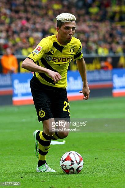 Kevin Kampl of Dortmund runs with the ball during the Bundesliga match between Borussia Dortmund and Hertha BSC Bwerlin at Signal Iduna Park on May 9...