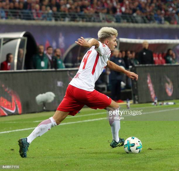 Kevin Kampl of Leipzig controls the ball during the Bundesliga match between RB Leipzig and Borussia Moenchengladbach at Red Bull Arena on September...