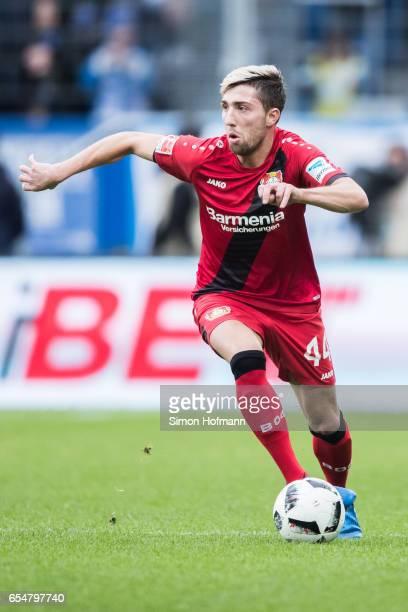 Kevin Kampl of Leverkusen controls the ball during the Bundesliga match between TSG 1899 Hoffenheim and Bayer 04 Leverkusen at Wirsol...