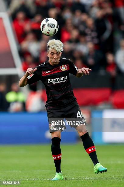 Kevin Kampl of Leverkusen controls the ball during the Bundesliga match between Bayer 04 Leverkusen and Bayern Muenchen at BayArena on April 15 2017...