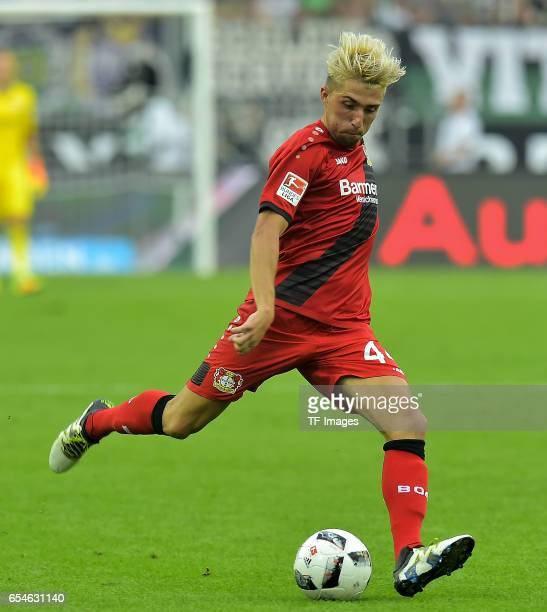 Kevin Kampl of Leverkusen in action during the Bundesliga match between Borussia Moenchengladbach and Bayer 04 Leverkusen at BorussiaPark on August...