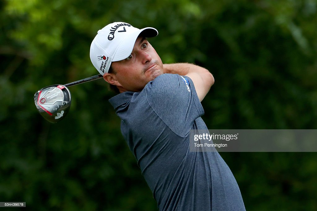 <a gi-track='captionPersonalityLinkClicked' href=/galleries/search?phrase=Kevin+Kisner&family=editorial&specificpeople=2314761 ng-click='$event.stopPropagation()'>Kevin Kisner</a> plays his shot from the sixth tee during the First Round of the DEAN & DELUCA Invitational at Colonial Country Club on May 26, 2016 in Fort Worth, Texas.